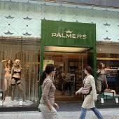 Palmers tauscht erneut seine Chef-Etage aus