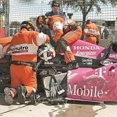 Indy-Star Franchitti erlitt bei Unfall Wirbelbruch