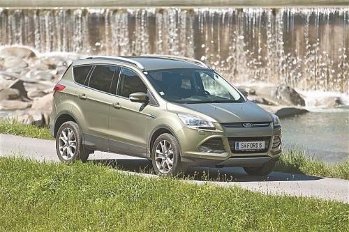 Frisches Design und neues Format: Der Ford Kuga ist flott unterwegs. Fotos: vn/steurer
