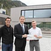 Umweltminister zeichnet Lorünser Zentrum aus