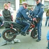 Moped-Raser leben gefährlich