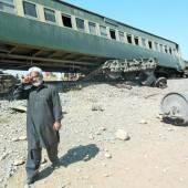 Bombenanschlag auf Passagierzug in Pakistan