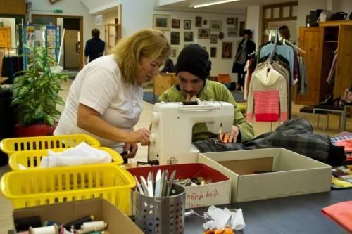 """Qualifizierung und das Augenmerk auf """"soft skills"""" erhöhen die Chancen am Arbeitsmarkt für ältere Arbeitslose.  Foto: Carla"""
