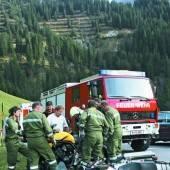 Zwei Motorradfahrer schwer verletzt