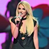 Britney Spears als Piraten-Schreck