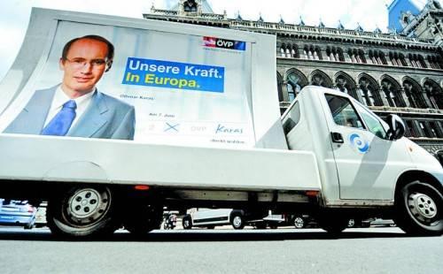Karas-Werbung zur EU-Wahl 2009: Ob er diesmal für die ÖVP antritt, ist ebenso offen wie die Frage, ob er überhaupt kandidiert. Foto: APA