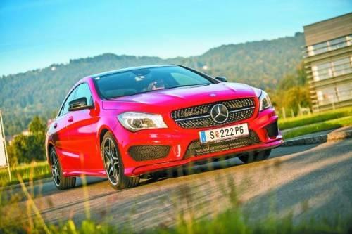 """Mega-sportliche Optik: Mit dem neuen CLA bringt Mercedes einen """"Stil-Rebellen"""" auf die Straßen. Fotos: vn/Steurer"""