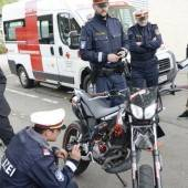 Moped im Fokus Tuning als großes Unfallrisiko /b1