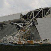 Unglück auf WM-Baustelle