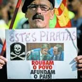Portugiesen leiden unter weiteren Kürzungen