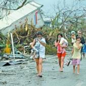 Haiyan: 10.000 Tote und Verwüstung auf Philippinen