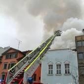 Großbrand mitten in Bregenz 120 Feuerwehrleute im Einsatz /B1
