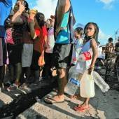 Taifun Haiyan Präsident hat das Kommando /D6