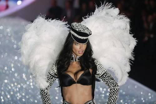Glitzer und Glamour, gepaart mit viel Sex Appeal: Die Engel sorgten für eine aufregende Show.