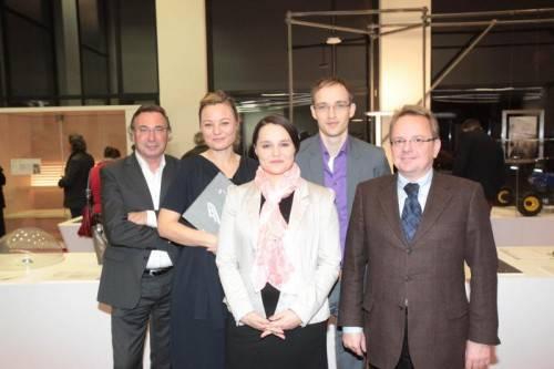 Helmut Steurer, Isabella Natter-Spets sowie Karin Wolf , Tobias Bernstein und Thomas Kohlert (v. l.). Fotos: ame