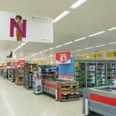 25.000 Thorn-Leuchten erhellen die Filialen englischer Supermarkt-Kette