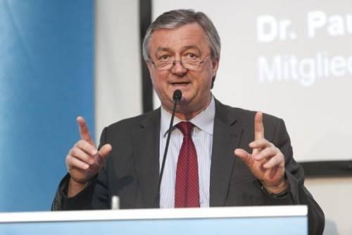 """IV-Präsident Hubert Bertsch: """"In der Wirtschaft muss man sich bei Fehleinschätzungen vor Gericht verantworten."""""""