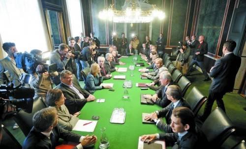 Koalitionsverhandlungen: 26 Mitglieder zählt die Hauptgruppe. Viele weitere sitzen in Untergruppen. Foto: APA