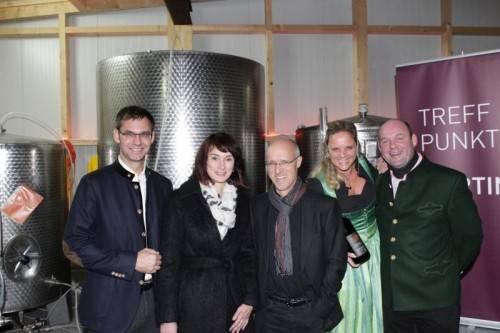 Landeshauptmann Markus Wallner mit Sonja, Toni Innauer, Michaela und Sepp Möth. Fotos: Meusburger