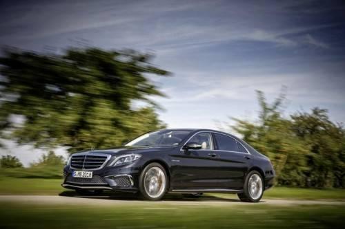 Mercedes-Benz S 65 AMG: 630 PS sorgen für standesgemäßen Vortrieb. Von 0 auf 100 beschleunigt die Limousine in 4,3 Sekunden. Foto: Werk