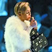Miley versteht Kritik an ihr nicht