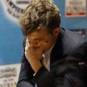 Carlsen führt im Duell um die Schachkrone