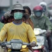 Vulkan ist wieder aktiv: Angst in Indonesien