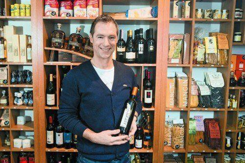 1600 verschiedene Weine hat Dieter Wohlgenannt im Angebot, 120 davon bietet er in seinem Laden an. VN/SP