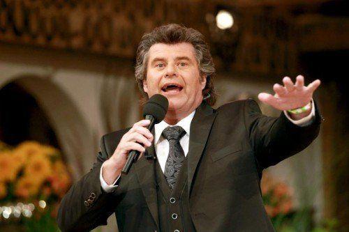 """Der letzte """"Musikantenstadl"""" des Jahres kommt heuer aus Graz. Für Moderator Andy Borg eine gute Wahl. Foto: dpa"""