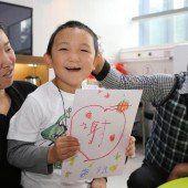 Künstliche Augen: Bub kann Spital verlassen