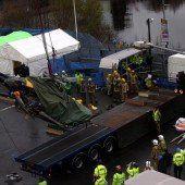 Hubschrauber-Wrack in Glasgow geborgen