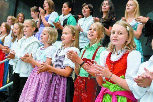 Den Landeskinderchor gibt es seit vier Jahren. 50 Kinder sind jeweils für ein Jahr dabei. Foto: VN