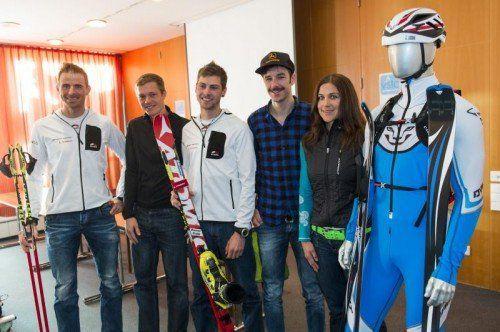 Der Vorarlberger Kader im Skibergsteigen: (v. l.) Patrick Innerhofer, Martin Hämmerle, Daniel Zugg, Johannes Graf und Michaela Feurle. Foto: privat