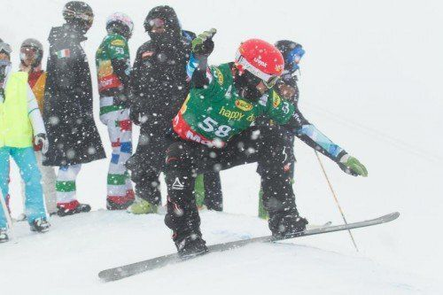 Einer trotzte dem Wetter ganz besonders: Markus Schairer war in der Qualifikation für das erste SBX-Weltcup-Rennen der Saison der Schnellste. Fotos: Steurer/7