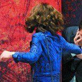 Politischer Handkuss in Den Haag