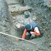 Archäologischer Fund in Bregenz Römertreppe zum Forum freigelegt /A9