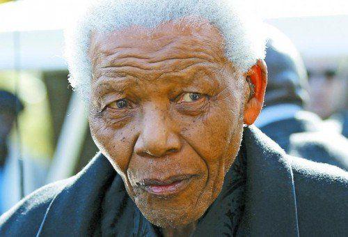 Friedensnobelpreisträger Nelson Mandela: Überwinder der Rassentrennung, Brückenbauer und erster schwarzer Präsident von Südafrika. Foto: DAPD