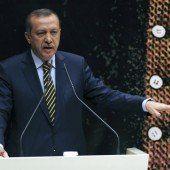 Premier Recep Erdogan gegen Prediger Fethulla Gülen