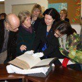 Restaurierte Luther-Bibel präsentiert