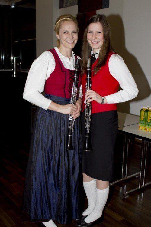 Die Klarinettistinnen Isolde Gögele (l.) und Christina Fritz. Fotos: franc