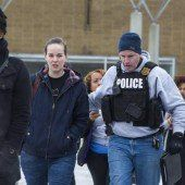 Drei Tote bei Schießerei in US-Einkaufszentrum