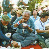 Demonstranten machen Mittagspause