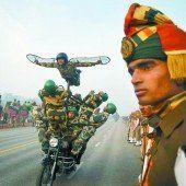 Stunts zum Nationalfeiertag in Indien