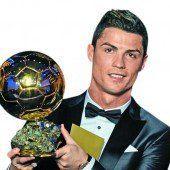 Weltfußballer Cristiano Ronaldo ausgezeichnet /C1