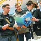 1000 Studenten und Absolventen zu Besuch bei 78 Arbeitgebern