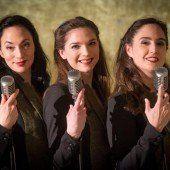 Premiere: Sisters of Swing