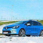 Mit dem neuen Kombi von Renault auf großer Fahrt