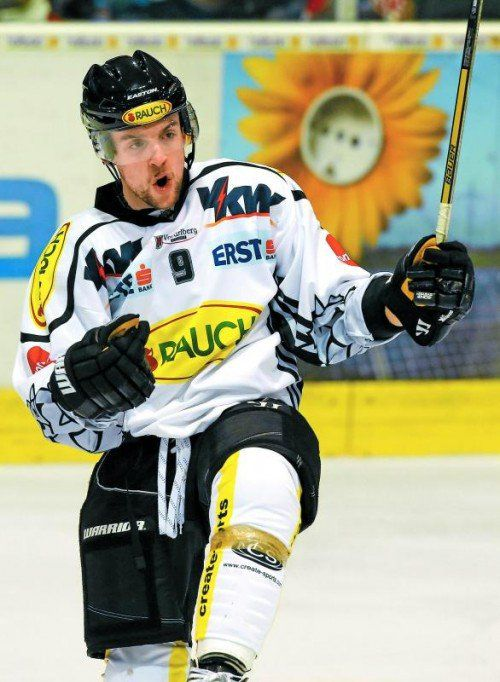 Jamie Arniel spielte in Laibach groß auf, erzielte einen Treffer selbst und bereitete zwei vor. Foto: gepa