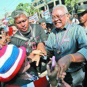 Proteste legen Bangkok lahm