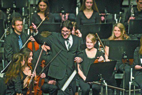 Markus Pferscher und seine jungen Musiker.  Foto: VN/Steurer